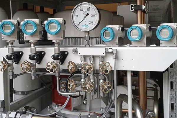 ứng dụng đồng hồ áp suất khí nén trong máy