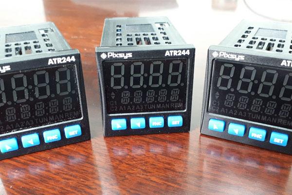 bộ điều khiển pixsys atr244-12abc